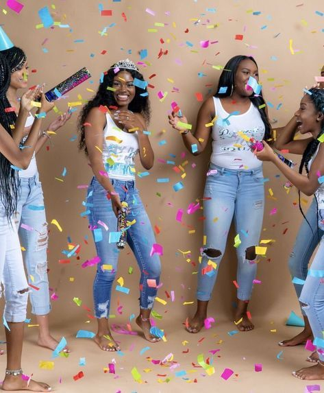 27 New Ideas For Birthday Photoshoot Ideas With Friends 18th 21st Birthday Photoshoot Birthday Photoshoot 16th Birthday Outfit Take your event photography to the next level! 27 new ideas for birthday photoshoot