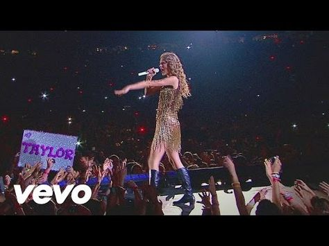 Taylor Swift - Sparks Fly - YouTube