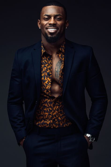 Bearded Model Marshun Cooper Is Steaming Hot Chocolate For Your Chilly Day Fine Black Men, Gorgeous Black Men, Beautiful Men, Black Men In Suits, Beard Model, Look Man, African Men Fashion, Ankara Fashion, Africa Fashion