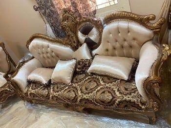 شراء الاثاث المستعمل بالطائف والحوية بافضل واغلى سعر بالطائف شراء المكيفات المستعملة المطابخ غرف النوم اثاث الفلل القصو Home Decor Furniture Chesterfield Chair