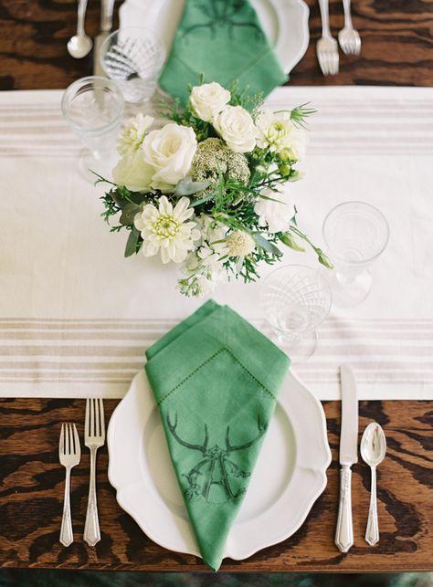 love the monogrammed napkins