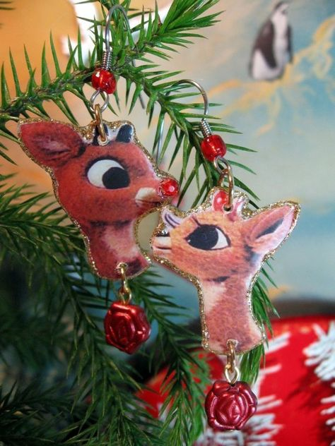 """24/"""" Rudolph the Red Nosed Reindeer Hammered Metal Christmas Decoration"""