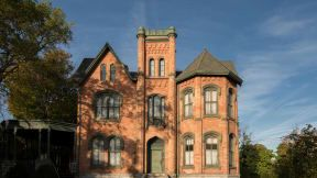 This 10 Bedroom Mansion In New York State Was Offered For Only 50 000 With One Catch Mansions Historic Properties Cnn Travel
