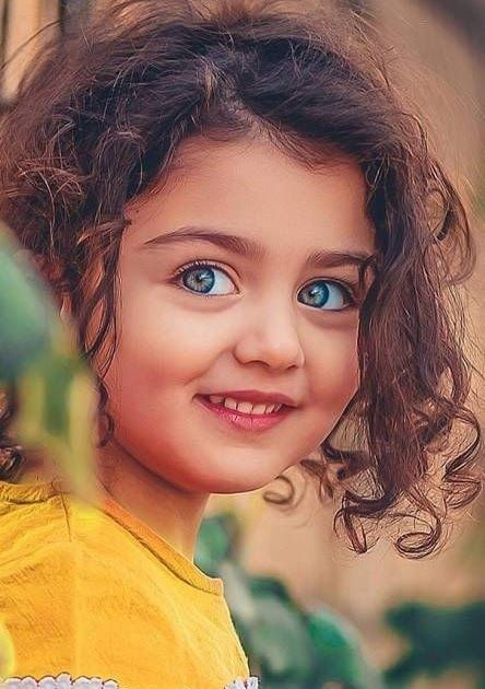 Wallpaper2k16 Blogspot Com Of Download 2k Background Images Desktop Mobile Iphone Hd Wallpapers At 2 Cute Little Baby Girl Cute Baby Wallpaper Baby Girl Images