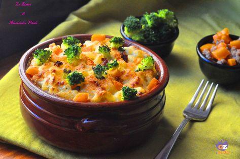 Pasta con besciamella al gorgonzola, broccoli e zucca