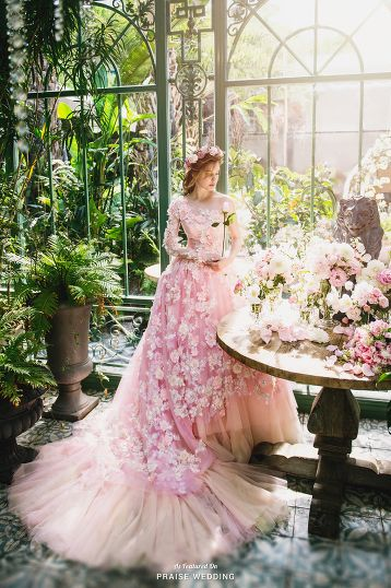 Garden inspired gown from Sophie Design | Beautiful wedding