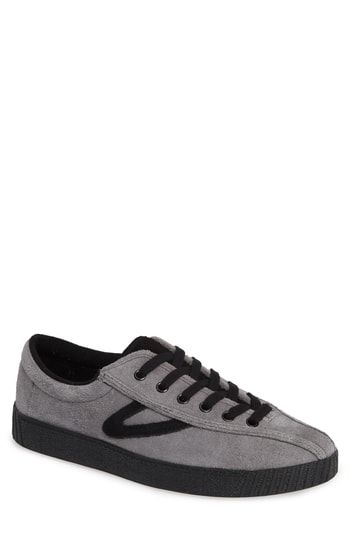 Tretorn Men/'s Nylite Plus Canvas Black White Fashion Sneaker Size 8 M