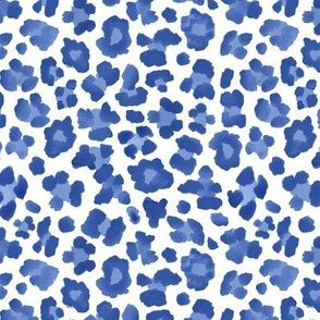 Colorful fabrics digitally printed by Spoonflower - Blue Leopard Print Cheetah Print Wallpaper, Blue Wallpaper Iphone, Blue Wallpapers, Aesthetic Iphone Wallpaper, Aesthetic Wallpapers, Butterfly Wallpaper, Light Blue Aesthetic, Blue Aesthetic Pastel, Rainbow Aesthetic