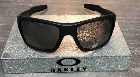 4b662c0eb1 New Oakley Turbine Sunglasses Matte Black Frame - Grey Polarized Lens OO9263 -07  fashion  clothing  shoes  accessories  mensaccessories ...