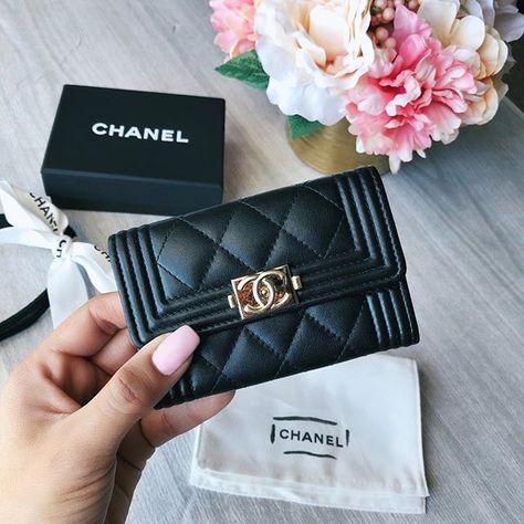b6fe29599deb59 #chanelleboy #chanel #obsessed #wishlistchecked #treatyourself #chanelwallet