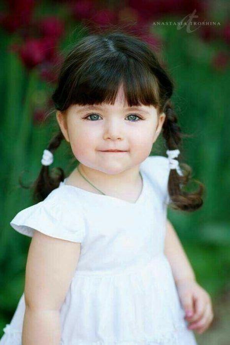 صور بنت صغير لطيف صور بنات صغيره Criancas Fofas Criancas Lindas Poses Para Criancas