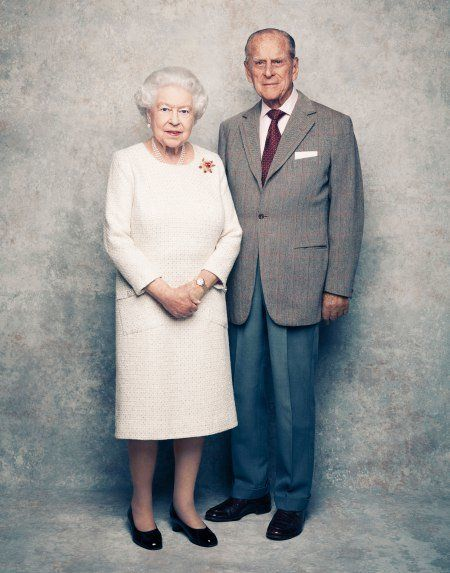 A Look Back At Queen Elizabeth And Prince Philip S 70th Anniversary Themed Photo Shoot Queen Elizabeth 70th Wedding Anniversary Prince Philip