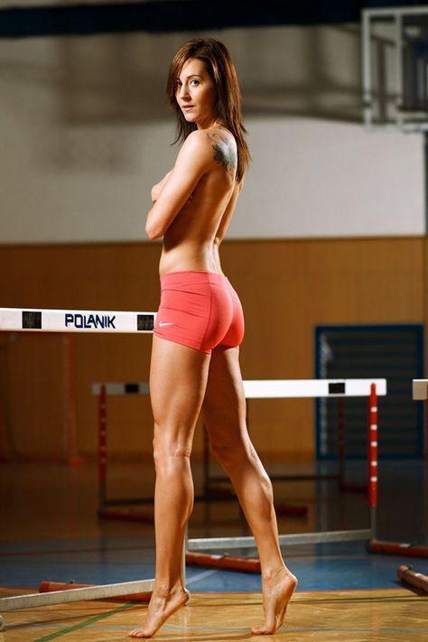 Феникс спортсменки в прозрачной одежде фото порно актриса