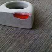 Concrete ring - Bold funky modern jewelry natural gray with orange exposed recycled glass oxidized patina OOAK size