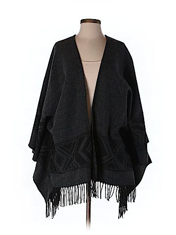 2892fb3231ef American Eagle Outfitters Poncho One Size. American Eagle Outfitters Poncho  One Size. Más información. Women Clothing - Up to 90% off ...