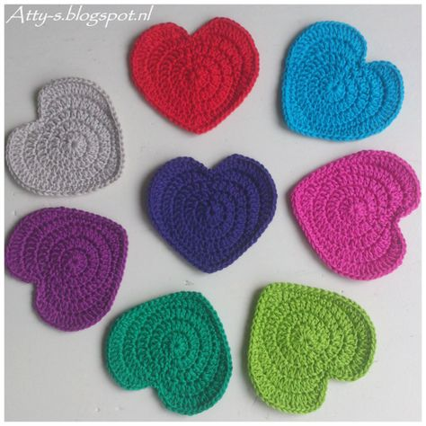 Crochet Hearts Pattern https://www.facebook.com/AttysLoveForCrochet