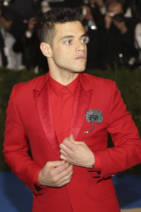 Rami Malek Met Gala 2017: On the fashion world's most rebellious red