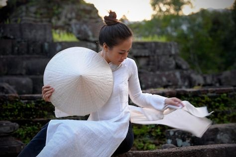 """""""Vietnam's 'ao dai' (traditional dress)"""" by Visions of Indochina, via 500px."""