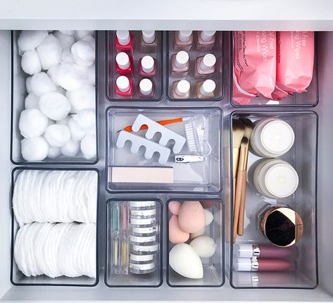 Tuesday Ten: Ways to Get Next Level Organized in 2019 - Lauren Conrad organization diy bathroom Diy Makeup Organizer, Makeup Drawer Organization, Bathroom Organisation, Organization Ideas, Bathroom Storage, Organize Bathroom Drawers, Storage Ideas, Makeup Storage Hacks, Makeup Storage Drawers