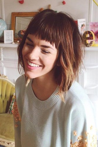 36 Modern Medium Hairstyles With Bangs For A New Look Medium Hair Styles Hair Styles Bangs With Medium Hair
