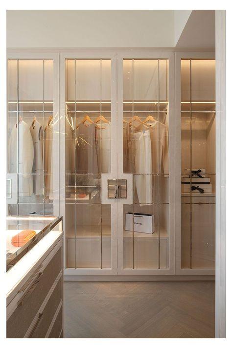 Kensington Apartment 3 #modern #luxury #closet #modernluxurycloset Interiors: Taylor Howes April 2016 Walk In Closet Design, Bedroom Closet Design, Home Room Design, Dream Home Design, Closet Designs, Home Interior Design, Modern Mansion Interior, Wardrobe Interior Design, Modern Classic Interior
