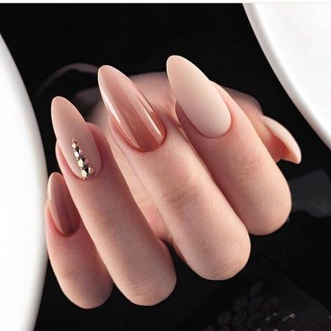 33 Classy Nail Designs with Diamonds that will Steal the Show