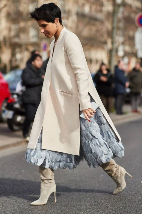 It's below zero degrees in Paris, but street style stars are putting on their best outfits. Scroll through to see our favorite street style moments from Paris Fashion Week Fall