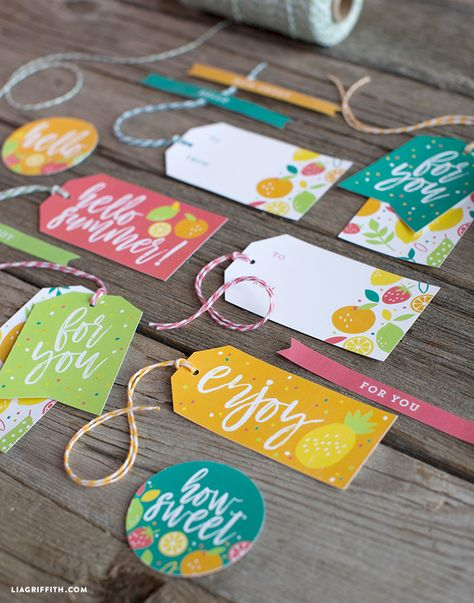 We have a new set of summer food wax, so we we decided to design adorable FREE summer gift tags to inspire your picnics and food gifts for the warmer months