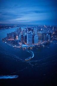 Tour America offer excellent value New York holidays. Trips to New York are action packed and exciting. Our NYC experts make booking New York easy.