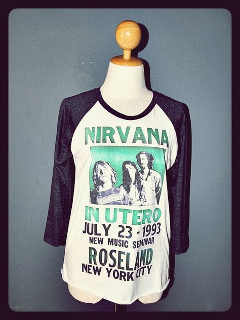 NIRVANA Shirt 3/4 Sleeve Raglan Baseball Long Sleeved Shirts Nirvana T-Shirt Unisex Body Fit Size L