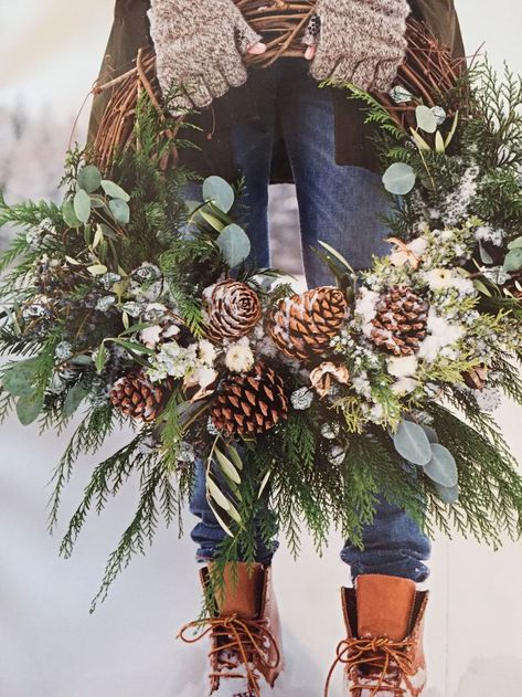 Updated Christmas wreath Martha Stewart December 2017 grapevine, eucalyptus, cedar, juniper and pine conesUnique Christmas Wreath Decoration Ideas For Your Front Door Christmas wreath with real greenery Beautiful Christmas wreath with rea Noel Christmas, Rustic Christmas, Winter Christmas, Christmas Crafts, Christmas Greenery, Christmas Music, Christmas Vacation, Outdoor Christmas Wreaths, Homemade Christmas Wreaths