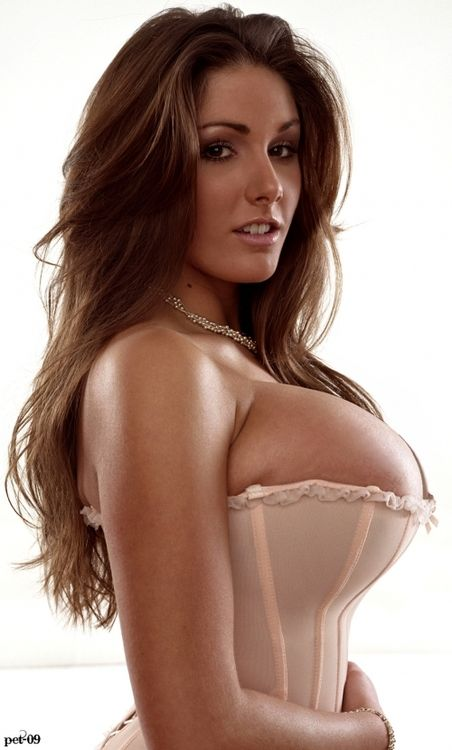 Lucy Pinder Huge Tits