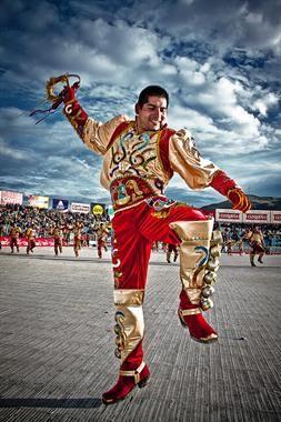 PromPerú - Representantes de lo nuestro | Caporales, Poses para retrato, Diablada bolivia