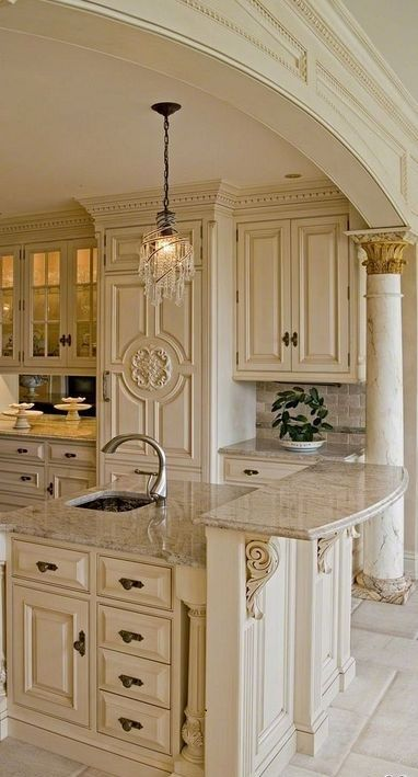 20 Antique White Kitchen Cabinet Designs For Traditional House Country Kitchen Designs Tuscan House Tuscan Kitchen