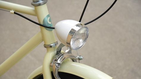 Retrospec LED Vintage Bullet Bicycle Headlight Pink