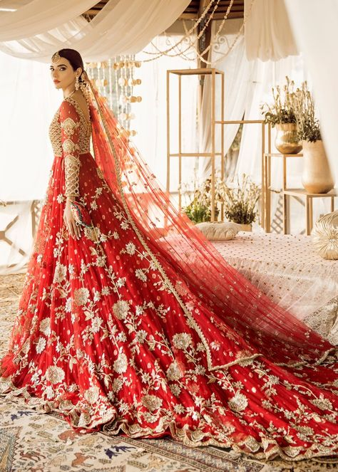Color: Red Includes: Long shirt Whole outfit net Asian Bridal Dresses, Pakistani Wedding Outfits, Indian Bridal Outfits, Indian Bridal Fashion, Pakistani Bridal Dresses, Pakistani Wedding Dresses, Red Wedding Lehenga, Bridal Dupatta, Indian Bridal Lehenga