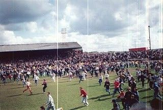 Airdrieonians V Dunfermline 1994 Broomfields Last Game Dunfermline Soccer Field Broomfield
