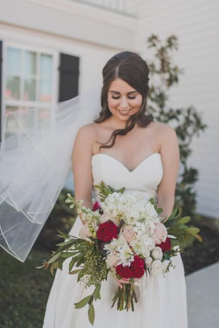 Our Realbride Maggie Looked Stunning On Her Wedding Day Maggie