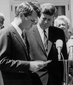 Photo of Why Have RFK's Papers Remained a Secret for So Long?