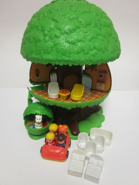 SALE Vintage Kenner Tree Tots Family Treehouse by BusyGirlVintage