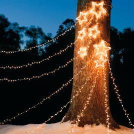Indoor Christmas Lights, Christmas Lights Outside, Xmas Lights, Decorating With Christmas Lights, Holiday Lights, Holiday Decorations, Christmas Ideas, Christmas Greenery, Christmas Tree