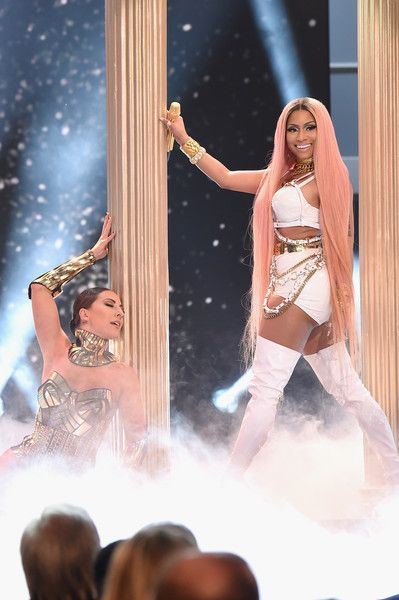 Nicki Minaj performs on stage during the 2017 NBA Awards Live On TNT on June 26, 2017 in New York City. 27111_001