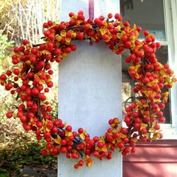 Collection of beautiful DIY wreaths, great for Thanksgiving or hostess gifts --Craftster.org Blog
