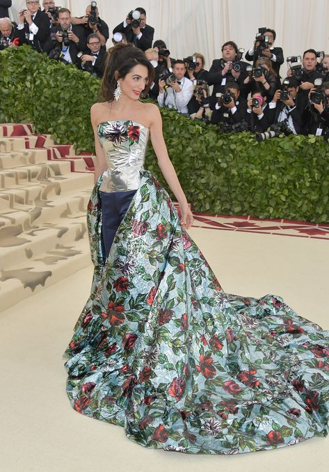 Amal Clooney looked gorgeous at the Met Gala.