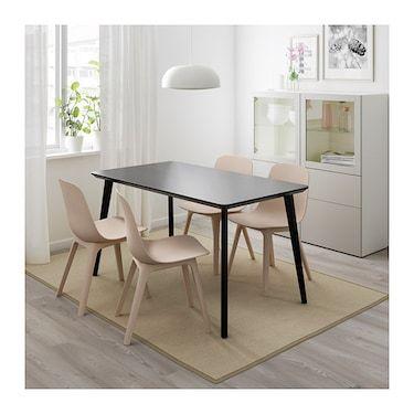 Ikea Eettafel 4 Stoelen.Lisabo Odger Tafel En 4 Stoelen Zwart Beige Stoelen