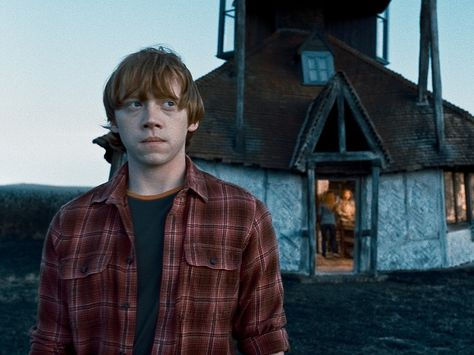 Ronald Weasley Wallpaper: Ronald Weasley Wallpaper