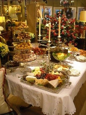 buffet table for holiday parties I WANNA GO TO THISSSSSS PARTY ...