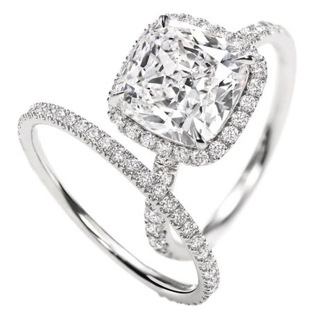 Harry winston.Micropavé Ring, Cushion-cut OMG. I would DIE if I got this ring!!!!