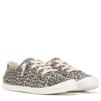 Roxy Bayshore Sneaker.Soft canvas upper