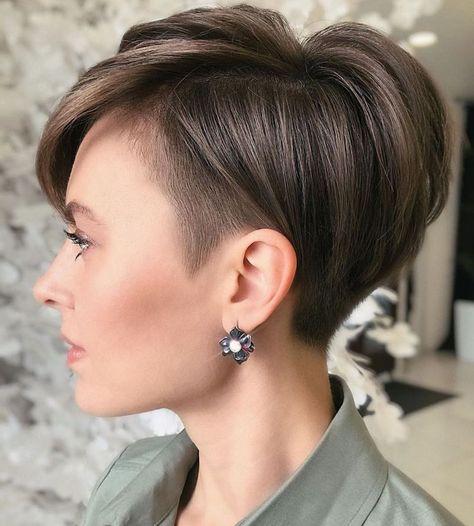 Pixie Haircut For Thick Hair, Pixie Cut With Bangs, Long Pixie Hairstyles, Short Pixie Haircuts, Straight Hairstyles, Fine Hair Pixie Cut, Pixie Cut With Undercut, Undercut Hairstyles Women, Hair Colors